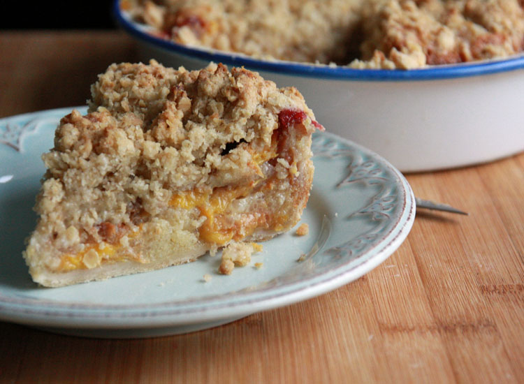 AlwaysRoomForDessert: Peach Crumble Pie | Jane's Adventures in Dinner