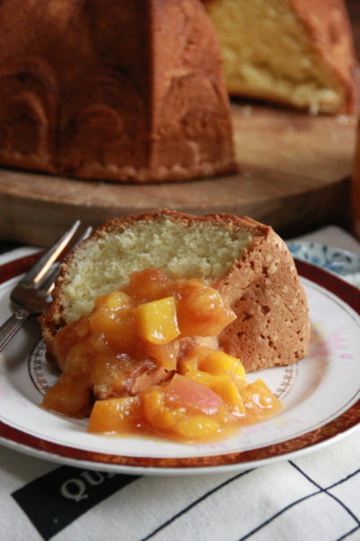 #BundtBakers: Saffron and Apricot Cake