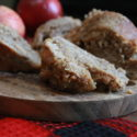 #BundtBakers: Apple Crumble Cake