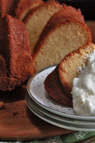 #SecondMondayTreat:  Twinkie Cake